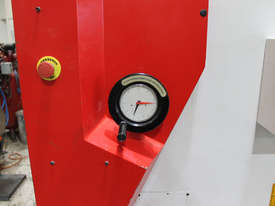 Machtech QC11Y - 6X3200 Hydraulioc Guillotine - picture3' - Click to enlarge