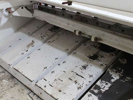 Machtech QC11Y - 6X3200 Hydraulioc Guillotine - picture7' - Click to enlarge