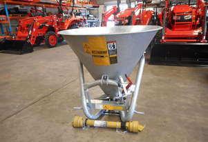 RONDINI FERTILISER SPREADER