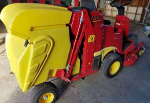 GIANNI FERRARI RIDE ON MOWER TG 200/KOHLER 18hp/122cm /AUTO DUMP $2,500 OVERHAUL OFFERS OVER $5,500