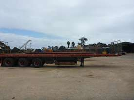 2007 General Transport Equipment 3-2 45' Flat Top Tri Axle Lead Trailer - T30 - picture0' - Click to enlarge