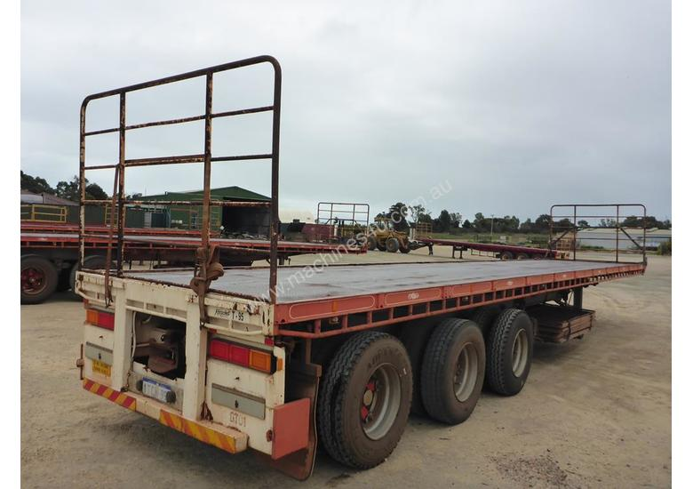 2007 General Transport Equipment 3-2 45' Flat Top Tri Axle Lead Trailer - T30