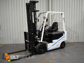 Nissan 2.5 Tonne Electric Forklift with 6000mm Mast Very Low Hours 2015 Series - picture2' - Click to enlarge