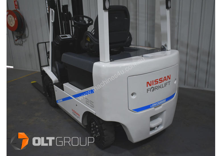 Nissan 2.5 Tonne Electric Forklift with 6000mm Mast Very Low Hours 2015 Series
