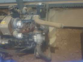 Komatsu pc220-7 engine - picture1' - Click to enlarge