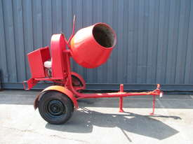 Towable Concrete Cement Mixer - Wesmix - picture0' - Click to enlarge