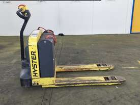 1.814 Battery Electric Pallet Truck - picture0' - Click to enlarge