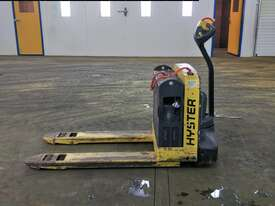 1.814 Battery Electric Pallet Truck - picture1' - Click to enlarge
