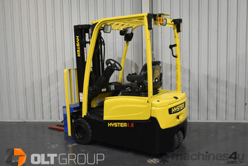 Hyster J1.8XNT 3 Wheel Electric Forklift 4600mm Container Mast Sideshift Ergonomic Controls