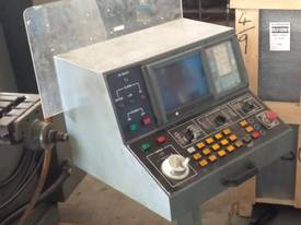CNC King Rich Knee Type  Milling Machine - picture8' - Click to enlarge