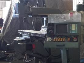 CNC King Rich Knee Type  Milling Machine - picture7' - Click to enlarge