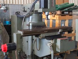 CNC King Rich Knee Type  Milling Machine - picture3' - Click to enlarge