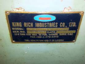 CNC King Rich Knee Type  Milling Machine - picture12' - Click to enlarge