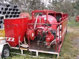 2000ltr tray mnt fire fighter , deisel powered pum - picture1' - Click to enlarge