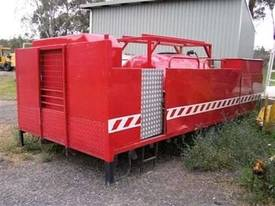 2000ltr tray mnt fire fighter , deisel powered pum - picture2' - Click to enlarge