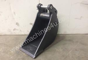 UNUSED 230MM SAND BUCKET SUIT 1-2T EXCAVATOR D764