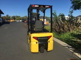 Hyundai Electrric Forklift BTR15 1.5T  - picture2' - Click to enlarge