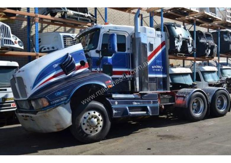Parts And Wrecking Kenworth T604 Sleeper Cab Trucks In
