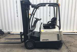 Crown SC4500 3 wheel container mast electric forklift