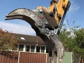 Roo Attachments Mechanical Box Finger Grab 12-14 Tonne - picture2' - Click to enlarge