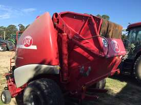 Welger RP435 Baler - picture0' - Click to enlarge