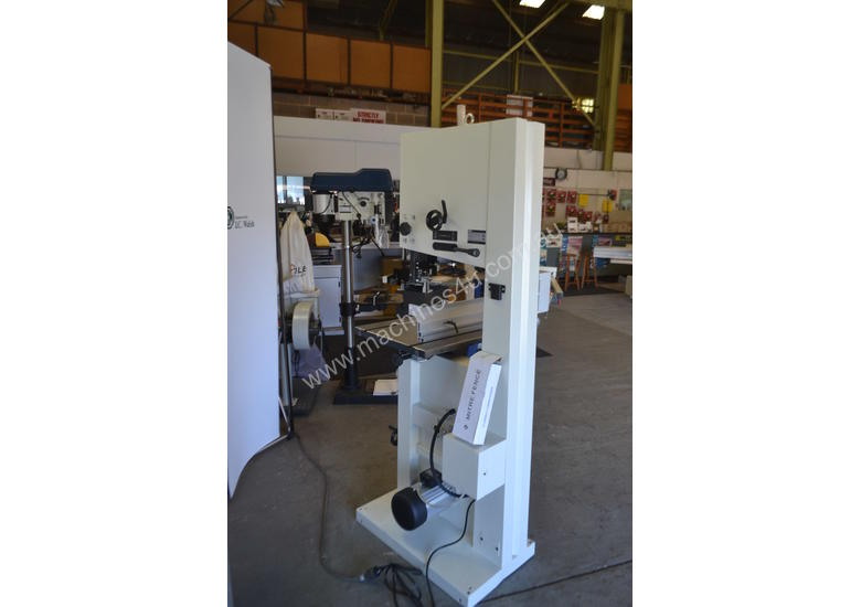Bandsaw  for timber & plastics 10-370