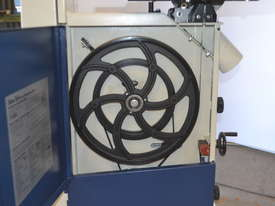 Bandsaw  for timber & plastics - picture8' - Click to enlarge
