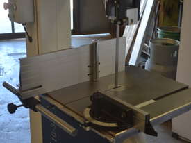 Bandsaw  for timber & plastics - picture11' - Click to enlarge