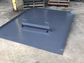 ramp - container loading - picture0' - Click to enlarge