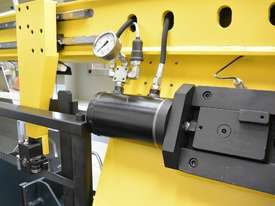 � 360mm Capacity Automatic Bandsaw - picture12' - Click to enlarge