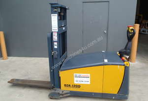 Sumi Counterbalance Walkie Stacker - Price Reduced