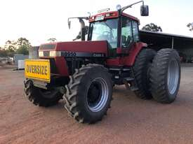 Case IH 8950 FWA/4WD Tractor - picture0' - Click to enlarge
