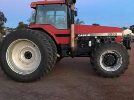 Case IH 8950 FWA/4WD Tractor - picture2' - Click to enlarge