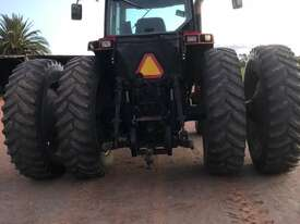 Case IH 8950 FWA/4WD Tractor - picture5' - Click to enlarge