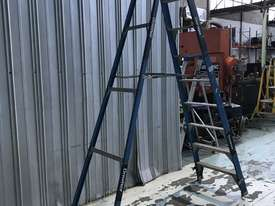 Bailey Fibreglass & Aluminum Step Ladder 3.0  Meter Single Sided Industrial 150kg SWL - picture3' - Click to enlarge