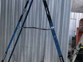 Bailey Fibreglass & Aluminum Step Ladder 3.0  Meter Single Sided Industrial 150kg SWL - picture4' - Click to enlarge
