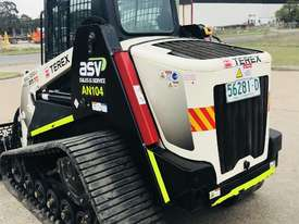 Terex PT-70 / PT70 Skid Steer Loader - picture3' - Click to enlarge