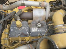 2006 Caterpillar 740EJ Articulated Dump Truck - picture11' - Click to enlarge