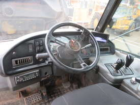 2006 Caterpillar 740EJ Articulated Dump Truck - picture13' - Click to enlarge