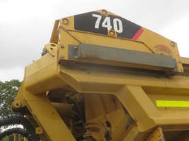 2006 Caterpillar 740EJ Articulated Dump Truck - picture16' - Click to enlarge