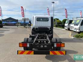 2018 Hyundai MIGHTY EX4 SUP CAB MWB Cab Chassis   - picture4' - Click to enlarge