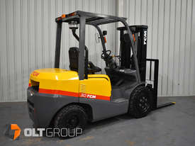 TCM FD30T3 Diesel 3 Tonne Forklift Integral Sideshift Pneumatic Tyres Low Hours - picture2' - Click to enlarge