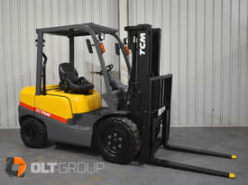 TCM FD30T3 Diesel 3 Tonne Forklift Integral Sideshift Pneumatic Tyres Low Hours - picture3' - Click to enlarge