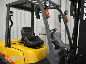 TCM FD30T3 Diesel 3 Tonne Forklift Integral Sideshift Pneumatic Tyres Low Hours - picture5' - Click to enlarge