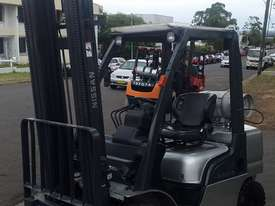 Check it out NISSAN Forklift 2.5Ton 5500mm Great value Super Low Hrs  - picture2' - Click to enlarge