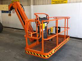 JLG 460SJ STRAIGHT BOOM LIFT - picture3' - Click to enlarge