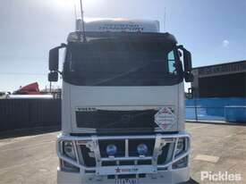2013 Volvo FH13-540 - picture2' - Click to enlarge