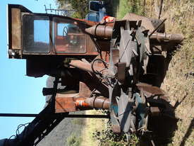 SUGAR CANE HARVESTER - picture1' - Click to enlarge