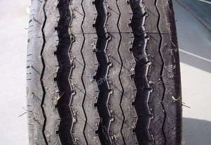 Truck Tyres 11R22.5 Triangle