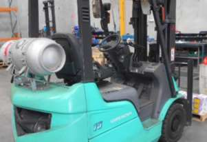 MITSUBISHI GRENDIA CONTAINER MAST LPG FORK LIFT.. 1.5 TONNE WITH SIDE SHIFT 1060hrs